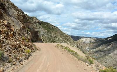 La descente dans le canyon Atuel