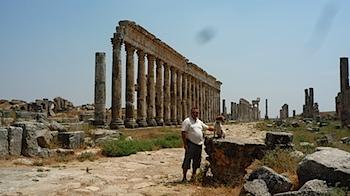 Site d'Apamée, moi-aussi j'aime les vieilles pierres