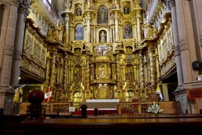 la nef 21m de haut, 12m de larg, la plus grande d'Amérique du Sud