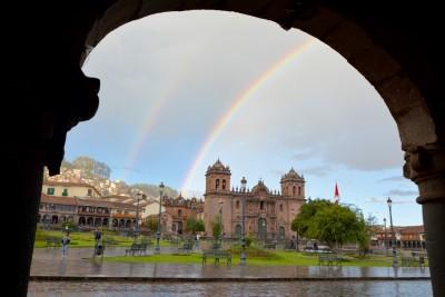 Arc en ciel au dessus de la plaza de Armas