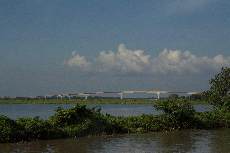 Un beau pont mais pas encore de route