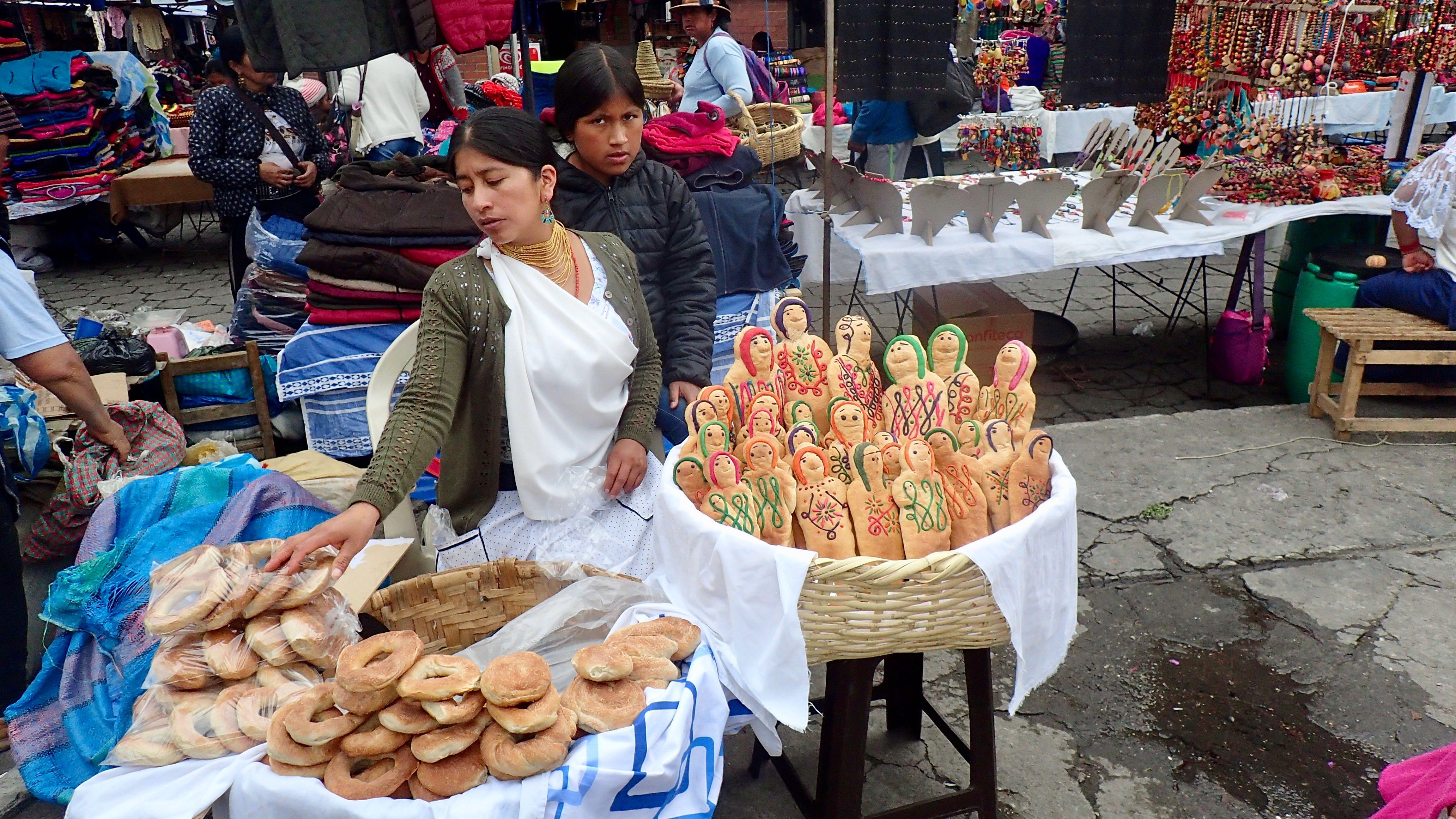 Vente du pain pour le Jour des Défunts. Très fêté
